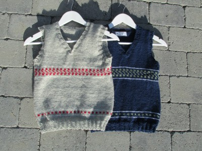 Pattern site for the knitted vest Boy. Made for movement.